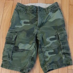 Gap kids camouflage cargo shorts